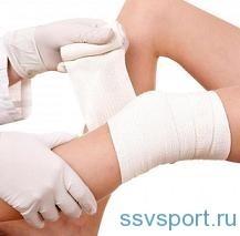 Ушиб колена при падении: лечение, в домашних условиях, что делать