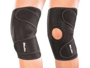 Фиксатор для колена после травмы: наколенники, накладка