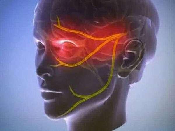 Головная боль в области лба и глаз: сильная, болит голова, причины