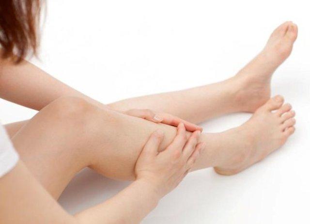 Немеют ноги ниже колен: причины, почему, онемели и не проходят