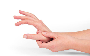 Болит сустав большого пальца на руке: причины боли