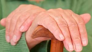 Немеют пальцы рук после сна: причина, с утра, почему онемели