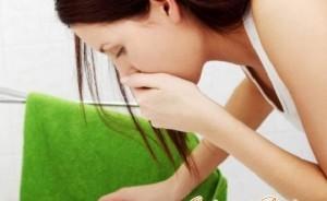 Головная боль и рвота: сильная, у взрослого, причины, болит и рвет