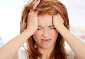 Головная боль при насморке: болит голова, что делать, от соплей