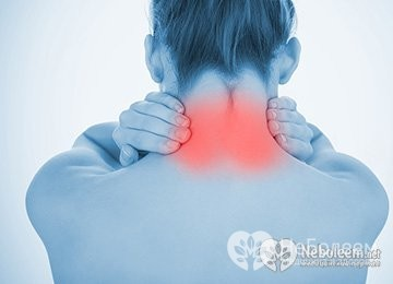 Болит шея сзади и затылок у основания головы: причины боли