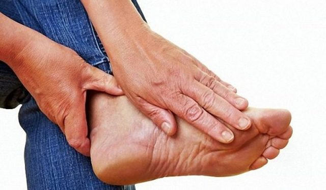 Болит косточка на ноге около большого пальца: что делать, чем лечить