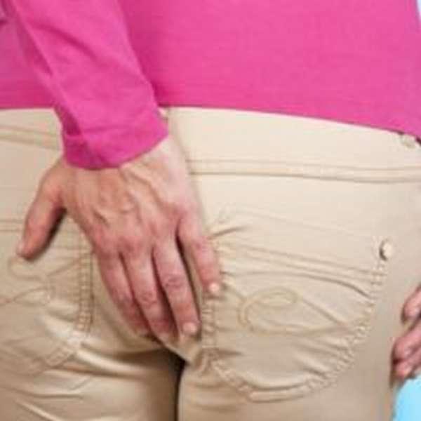 Перелом копчика: симптомы и последствия, со смещением, лечение