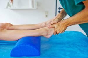 Как разрабатывать ногу после перелома лодыжки