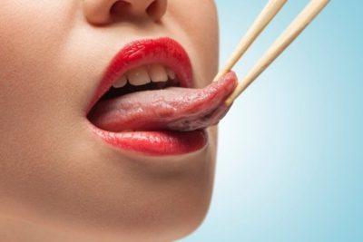 Немеет язык и кружится голова: почему онемел