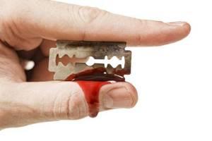 Кровоостанавливающие средства и препараты при порезах и ранах