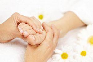 Немеет пятка левой ноги: причины, если онемела