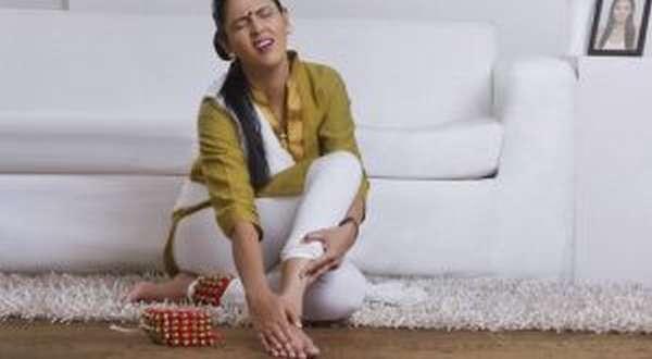 Ушиб голеностопного сустава: лечение в домашних условиях