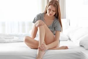 Боль и припухлость в голеностопном суставе: причины, что делать