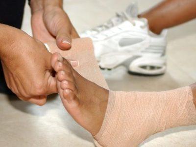 Растяжение связок голеностопного сустава: лечение в домашних условиях