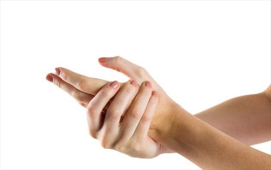 Немеют пальцы рук при беременности: на поздних сроках, причины