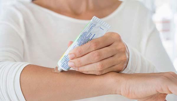Как убрать синяк на лице: быстро избавиться, в домашних условиях
