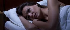 Немеют руки по ночам при беременности: почему, во время сна