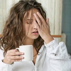 Переспал и болит голова: что делать, почему головная боль